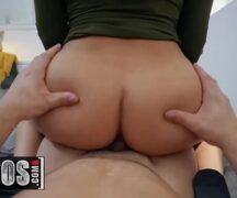 Empregada gostosa acabou caindo no xvideos transando com seu parceiro dotado em um belo porno amador venha conferir