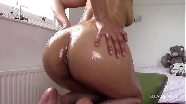 MOrena rabuda batendo siririca em um belo porno amador